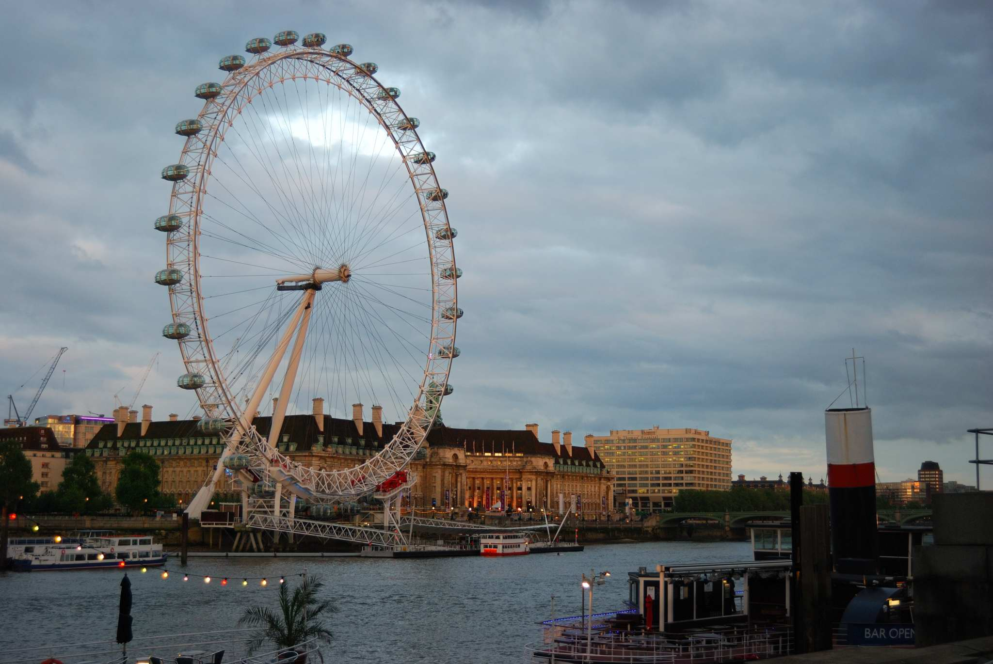 Volar en el London Eye y brindis con champagne